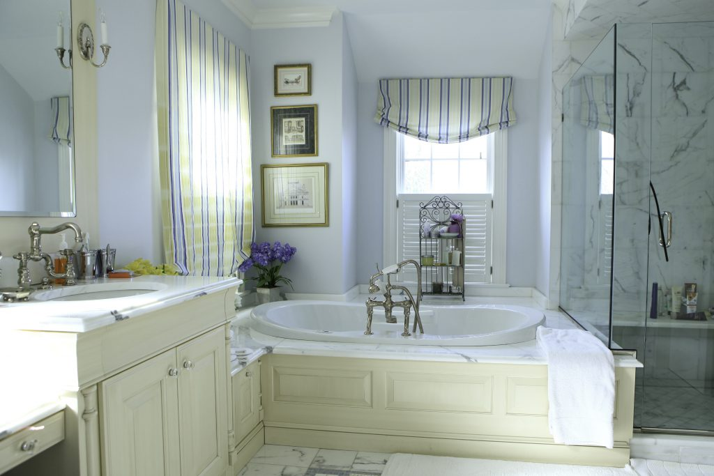 Interior Painting photo of bathroom | Pratt & D'Angelo